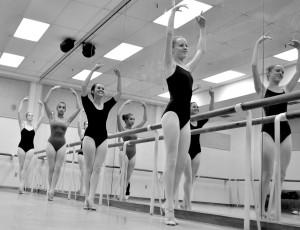 Ballet Class Dancers